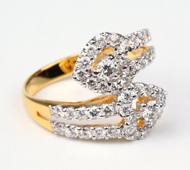 Unique Engagement Ring Pictures | LoveToKnow