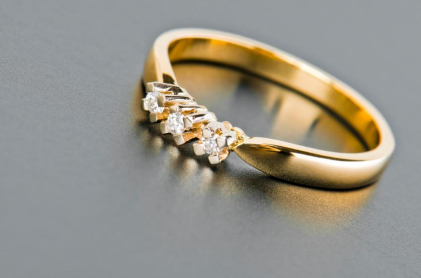 Simple Gold Engagement Rings Stone Diamond Engagement