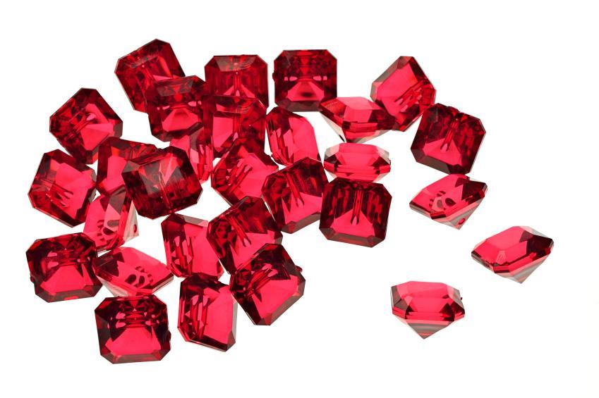 https://cf.ltkcdn.net/engagementrings/images/slide/163026-849x565-rubies.jpg