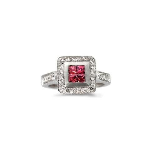 https://cf.ltkcdn.net/engagementrings/images/slide/179372-500x500-invisible-rubies.jpg
