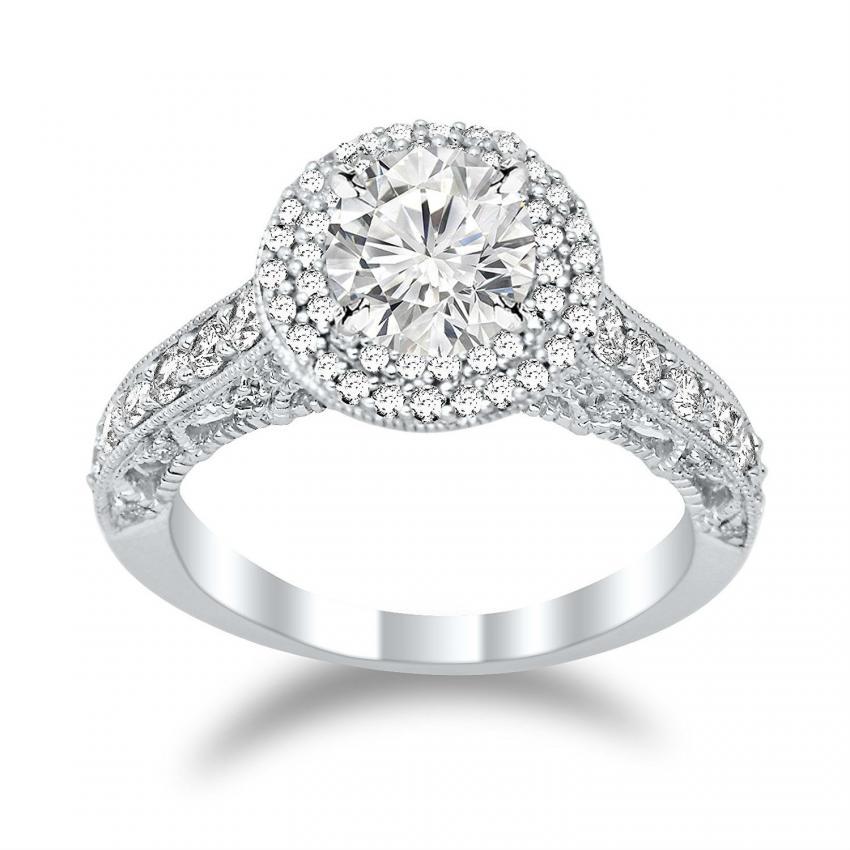 https://cf.ltkcdn.net/engagementrings/images/slide/206032-850x850-big-diamond-details.jpg