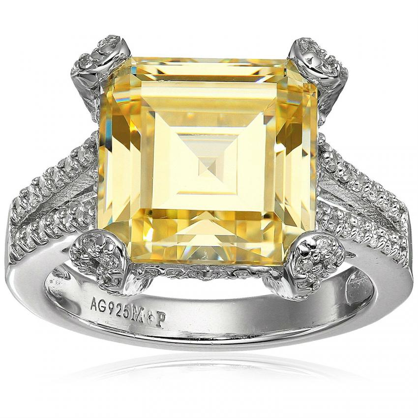 https://cf.ltkcdn.net/engagementrings/images/slide/206749-850x850-yellow-ring.jpg
