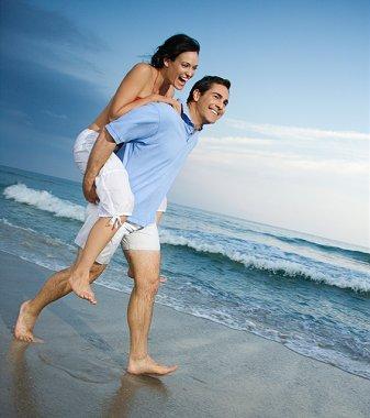 https://cf.ltkcdn.net/engagementrings/images/slide/39278-337x380-beachen10.jpg