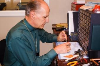 jeweler making repairs