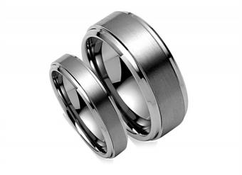 https://cf.ltkcdn.net/engagementrings/images/slide/161031-850x618r1-tungsten-amazon.jpg