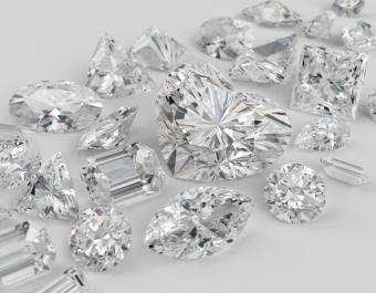 https://cf.ltkcdn.net/engagementrings/images/slide/162967-785x611-diamond-shapes.jpg