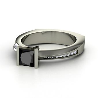 https://cf.ltkcdn.net/engagementrings/images/slide/163258-850x850-princess-black-diamond-palladium-ring-with-diamond.jpg