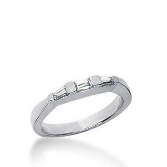 https://cf.ltkcdn.net/engagementrings/images/slide/172473-400x400-tapered-baguette-ring.jpg