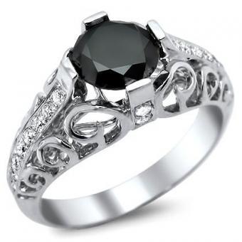 https://cf.ltkcdn.net/engagementrings/images/slide/172997-420x420-antique-black-diamond.jpg