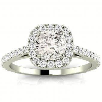 https://cf.ltkcdn.net/engagementrings/images/slide/204864-849x850-halo-big-diamond.jpg