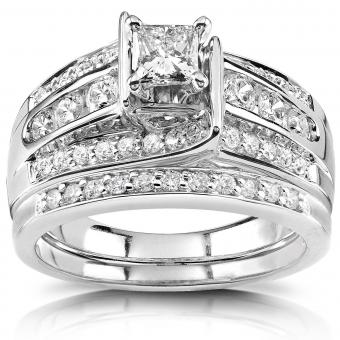 https://cf.ltkcdn.net/engagementrings/images/slide/204901-850x850-big-diamond-bridal-set.jpg