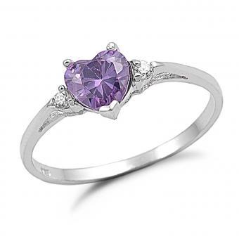 https://cf.ltkcdn.net/engagementrings/images/slide/205325-850x850-heart-with-diamond-accents.jpg