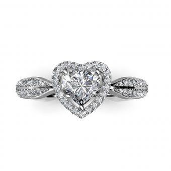https://cf.ltkcdn.net/engagementrings/images/slide/205330-850x850-heart-engagement-ring.jpg