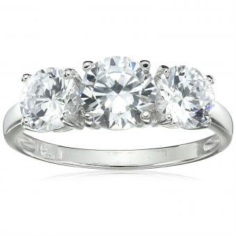 https://cf.ltkcdn.net/engagementrings/images/slide/206746-850x850-three-stone-ring.jpg