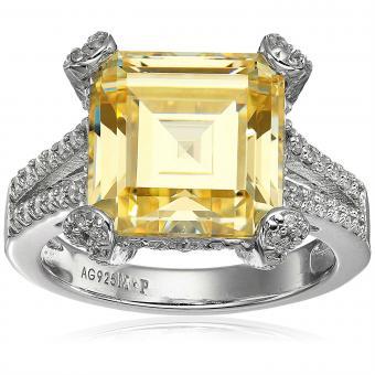 https://cf.ltkcdn.net/engagementrings/images/slide/206749-850x850-yellow-ring.jpg