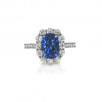 https://cf.ltkcdn.net/engagementrings/images/slide/207399-850x850-diamond-and-sapphire.jpg