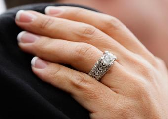 Engagement ring with thick band