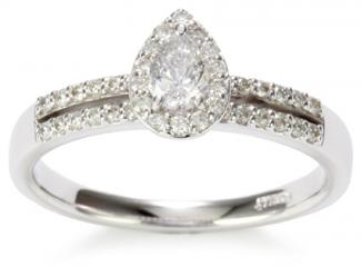 Kobelli pear shape diamond engagement ring