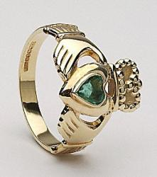 emerald Claddagh ring
