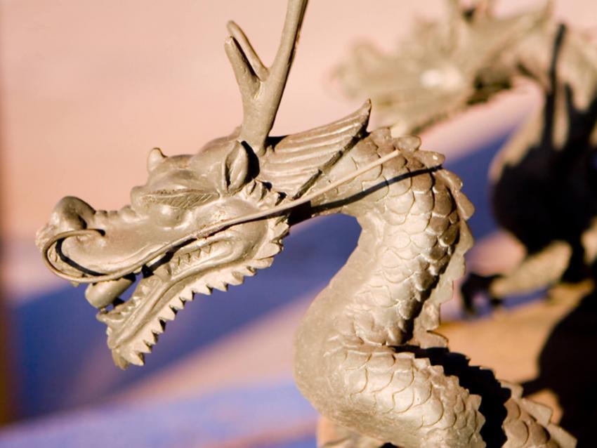https://cf.ltkcdn.net/es-feng-shui/images/slide/256644-850x638-3-dragones-arte-japones.jpg