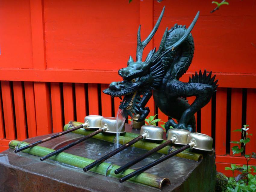 https://cf.ltkcdn.net/es-feng-shui/images/slide/256647-850x638-6-dragones-arte-japones.jpg