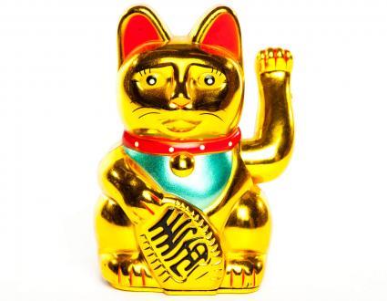 Estatuas del gato de oro de la suerte