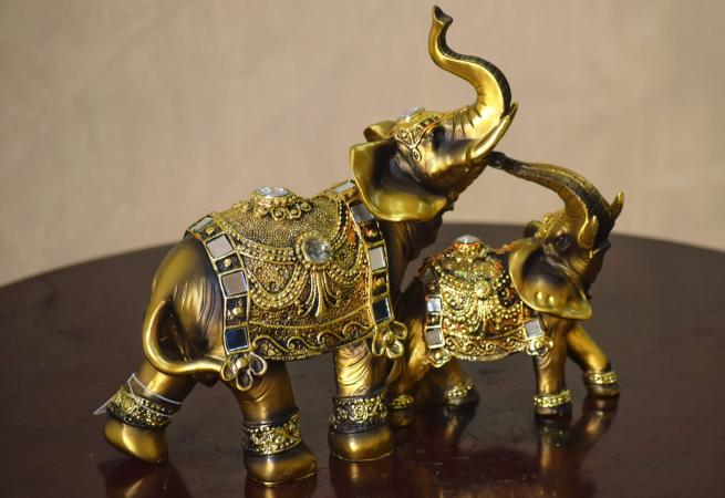 Elefantes dorados