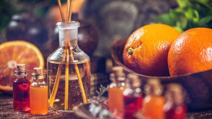 Aceite esencial con naranja