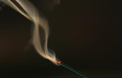 Incienso quemandose