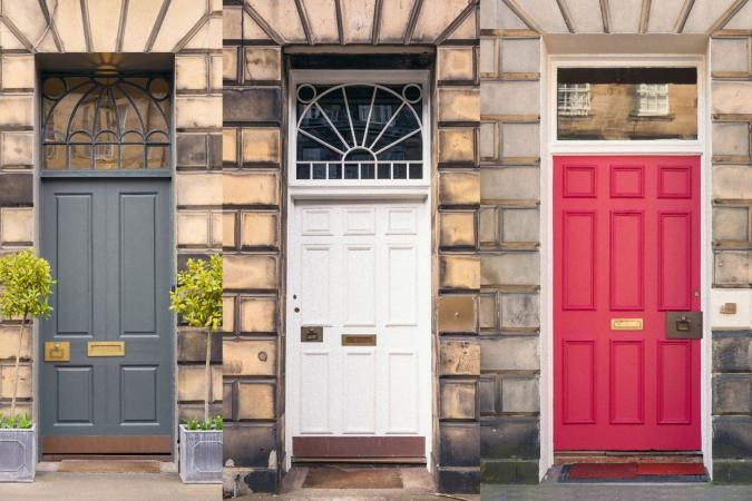 puertas delanteras de varios colores
