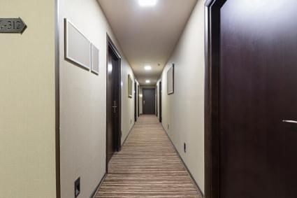 pasillo del hotel interior