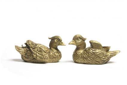 estatuillas de pato mandarín