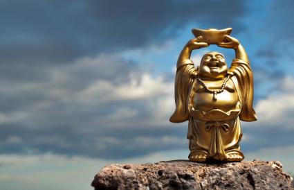 Buda feliz de pie