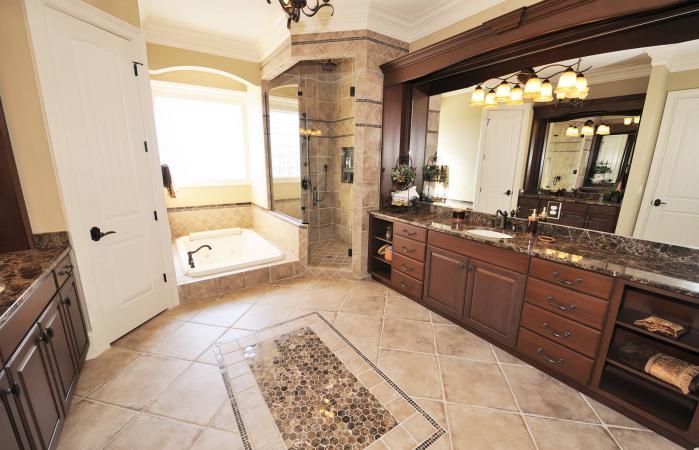 Baño de lujo en el interior de la casa