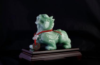 León de jade verde