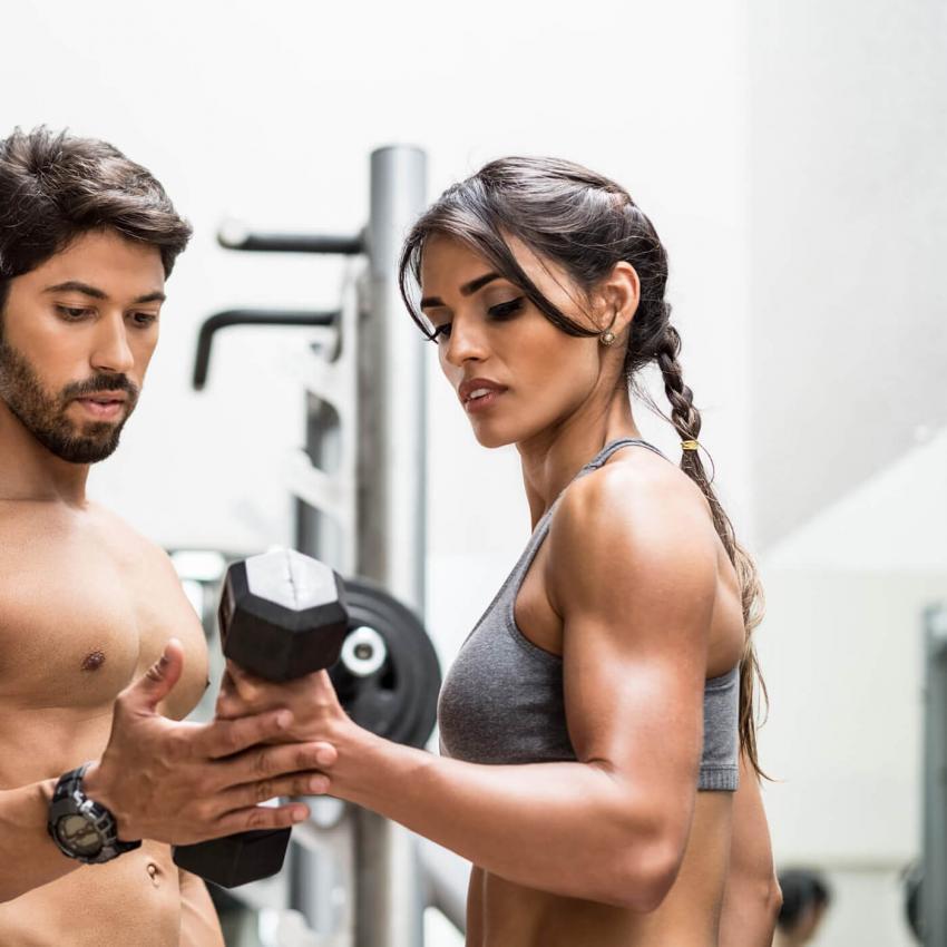 https://cf.ltkcdn.net/exercise/images/slide/246162-850x850-12-female-bicep-pictures.jpg