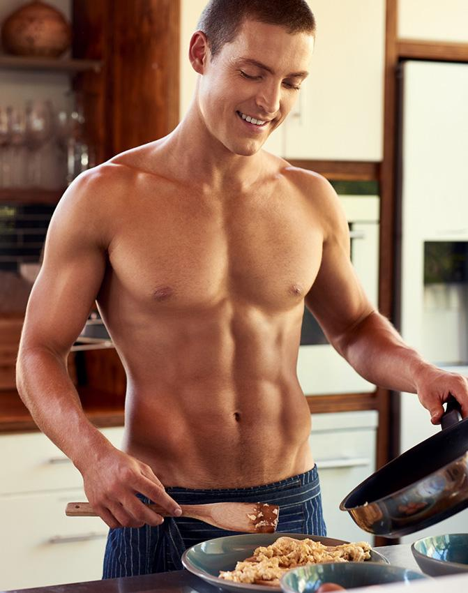 https://cf.ltkcdn.net/exercise/images/slide/246316-671x850-fit-man-in-kitchen.jpg