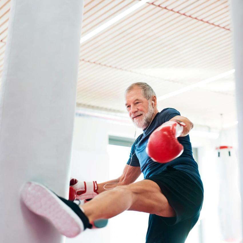 https://cf.ltkcdn.net/exercise/images/slide/249254-850x850-11-exercises-seniors-pictures.jpg