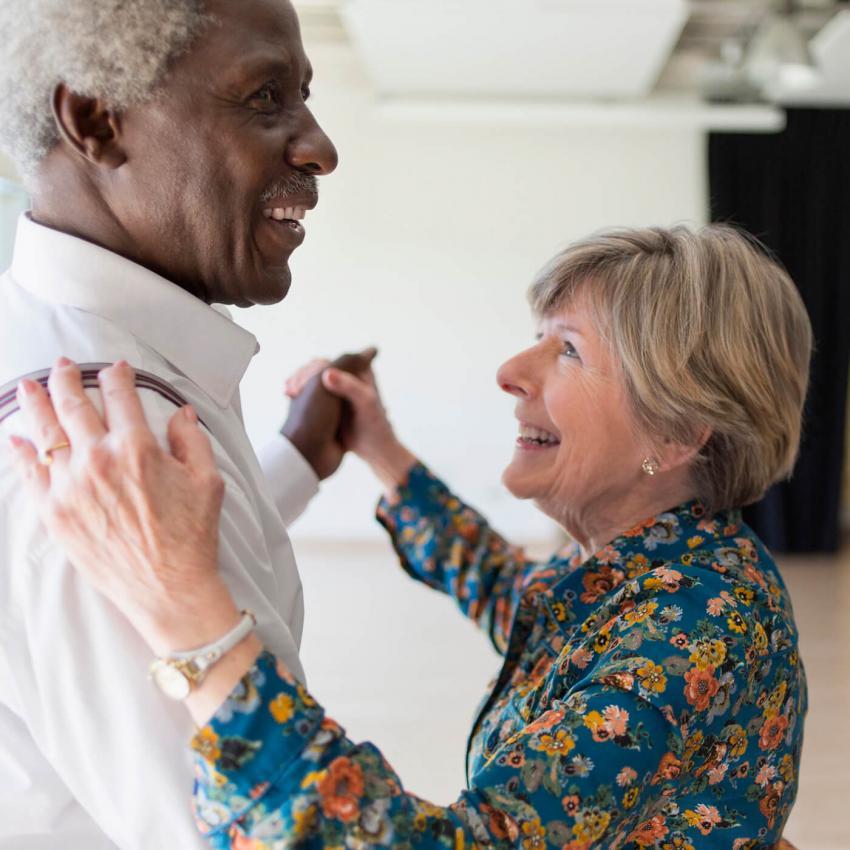 https://cf.ltkcdn.net/exercise/images/slide/249255-850x850-12-exercises-seniors-pictures.jpg