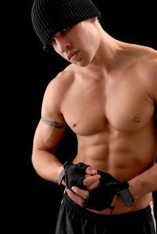 https://cf.ltkcdn.net/exercise/images/slide/123877-228x339-bodybuilder8.jpg