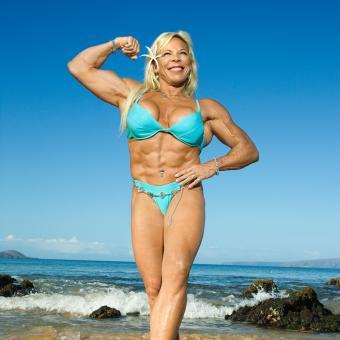 https://cf.ltkcdn.net/exercise/images/slide/246167-850x850-5-female-bicep-pictures.jpg