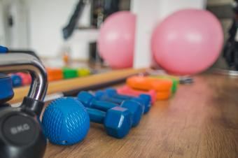 Hand weights and weighted ball
