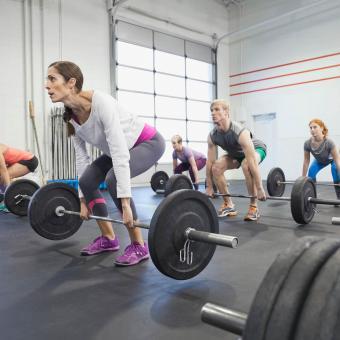 https://cf.ltkcdn.net/exercise/images/slide/248002-850x850-2-pictures-people-exercising.jpg