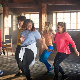 https://cf.ltkcdn.net/exercise/images/slide/248004-850x850-10-pictures-people-exercising.jpg