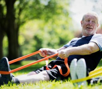 https://cf.ltkcdn.net/exercise/images/slide/248009-850x739-16-pictures-people-exercising.jpg