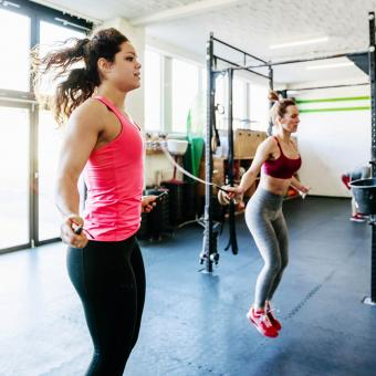 https://cf.ltkcdn.net/exercise/images/slide/248011-850x850-18-pictures-people-exercising.jpg