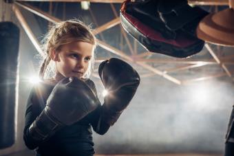 https://cf.ltkcdn.net/exercise/images/slide/249286-850x567-boxing.jpg
