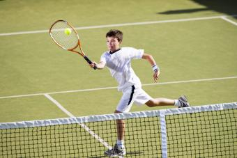 https://cf.ltkcdn.net/exercise/images/slide/249295-850x567-tennis-kid.jpg