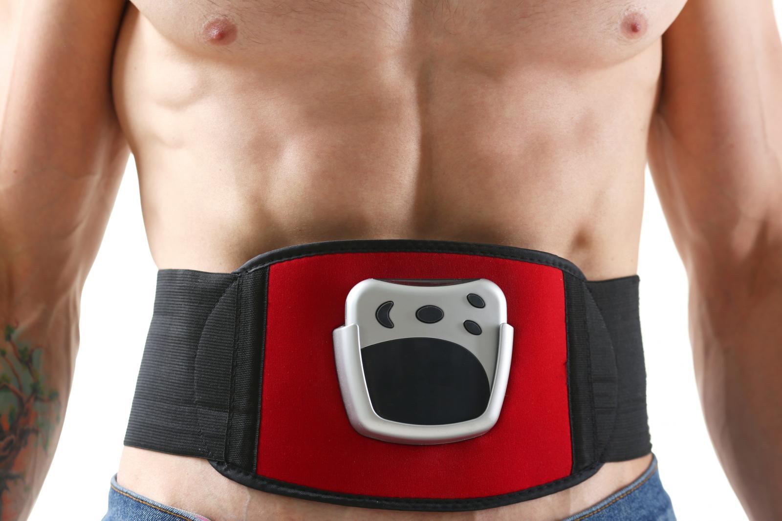 Man wearing a ab belt