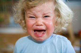 https://cf.ltkcdn.net/family/images/slide/191924-850x565-Crying-Baby-Girl.jpg